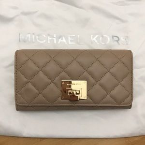 New Michael Kors wallet!